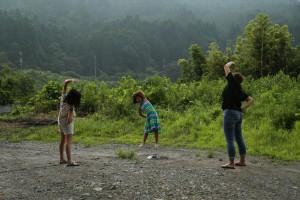 大原の小学校も夏休み、近所のラジオ体操です