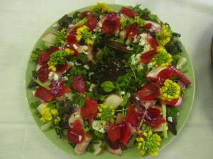 野山のサラダ ツバキ